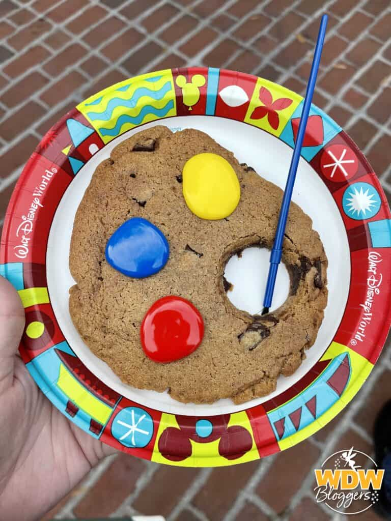Epcot International Festival of the Arts 2021 Artist's Table Art Palate Cookie