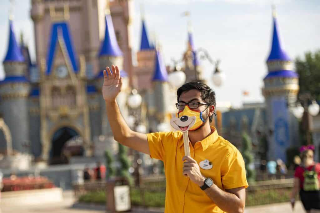 Walt Disney World Mask-less Photos Start April 8