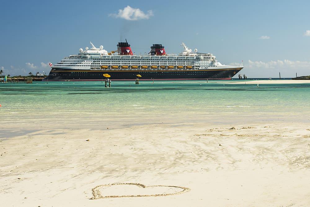 Disney-Magic-Sails-Again-and-Disney-Fantasy-Resumes-7-Night-Cruises
