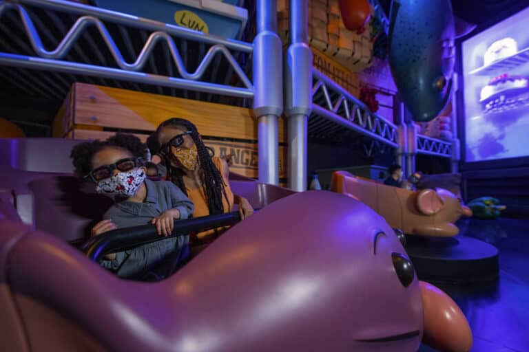 Remys-Ratatouille-Adventure-4D-Attraction